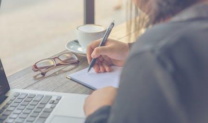 Une étude montre que la tenue d'un journal de gratitude réduit l'incivilité au travail