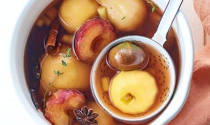Fruits pochés aux épices