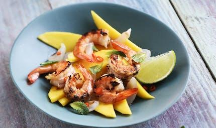 Salade de crevettes à la mangue et aux litchis