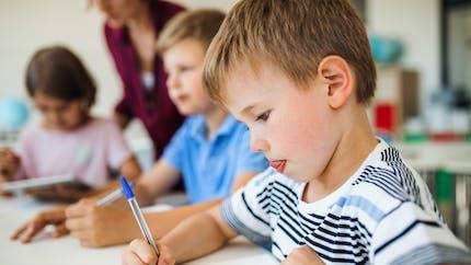 Écriture manuscrite : une étude dévoile pourquoi son apprentissage est crucial