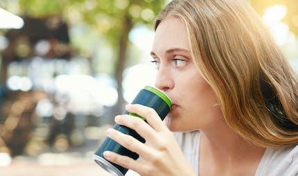 Les boissons avec des édulcorants sont aussi mauvaises pour le cœur que les boissons sucrées