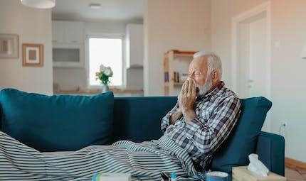 Pourquoi la grippe est-elle plus grave chez une personne âgée?