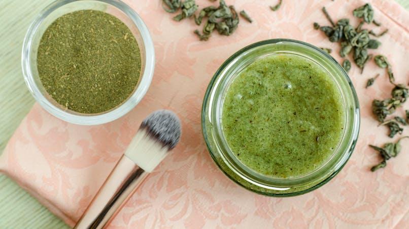 Le thé vert, un détoxifiant hors pair pour notre peau