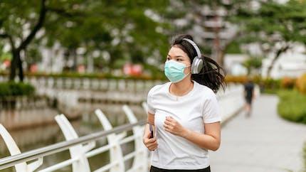 Les masques n'altèrent pas la fonction pulmonaire pendant l'activité physique selon une étude