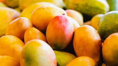 Rides : la consommation de mangue serait efficace pour celles du visage