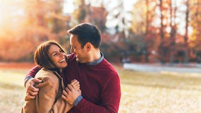 La flexibilité psychologique aiderait à rester heureux en couple