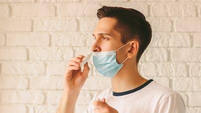 Covid-19 : des chercheurs américains planchent sur un spray nasal protecteur