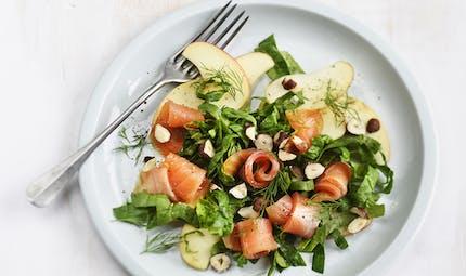 Salade d'épinards à la truite fumée