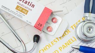Cholestérol : quand prendre des médicaments (statines, fibrates) ?