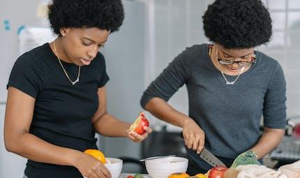 Les habitudes alimentaires sont en partie génétiques, dévoile une étude sur des jumeaux