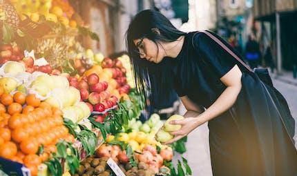 Non, les Français ne mangent (toujours) pas assez de fruits ni de légumes