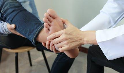 Comment soigner une fracture de la cheville ?