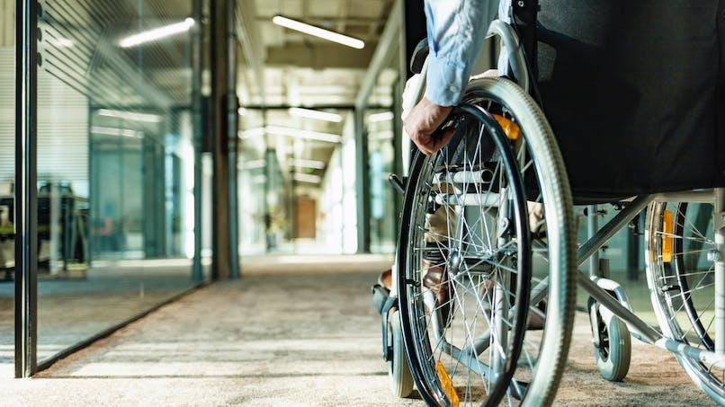 Maladie de Charcot (SLA) : symptômes, prise en charge