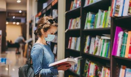 Envie de faire caca en pleine librairie : la faute au phénomène Mariko Aoki