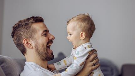 """Qu'ils apprennent une ou deux langues, les bébés préfèrent le """"parler bébé"""""""