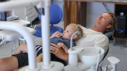 Enfant, le premier rendez-vous chez le dentiste