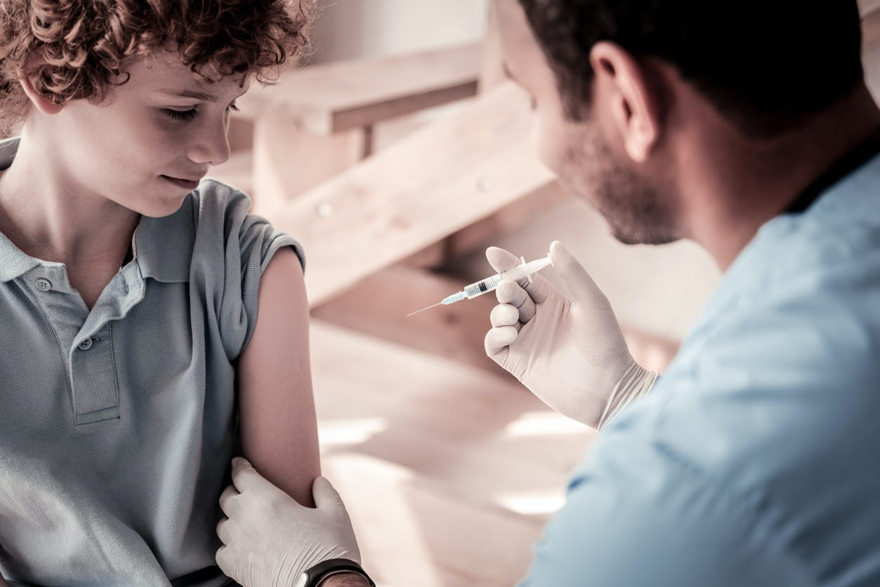 vaccin papillomavirus effets secondaires 2021)