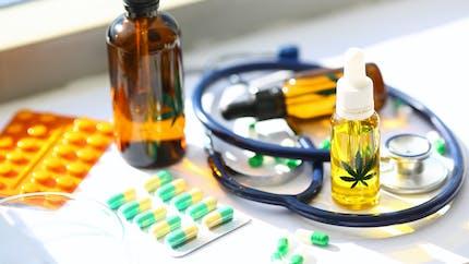 Cannabis thérapeutique : l'Agence du médicament publie la liste des pharmacies participantes