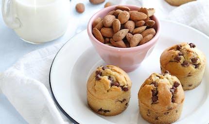 Muffins au jus d'amande et pépites de chocolat