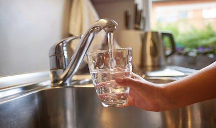 Peut-on boire en toute confiance l'eau du robinet?