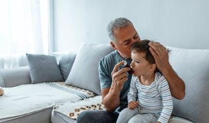 Asthme : repérer les premiers signes chez l'enfant