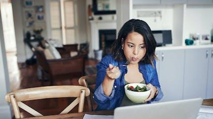 Manger un plat froid fausse notre perception sur sa teneur en calories