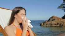 Rhumes d'été : pourquoi nous risquons particulièrement d'en contracter cet été