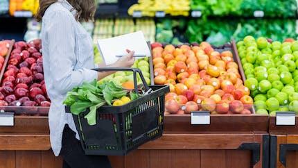 Mieux aménager les supermarchés encourage à des achats plus sains
