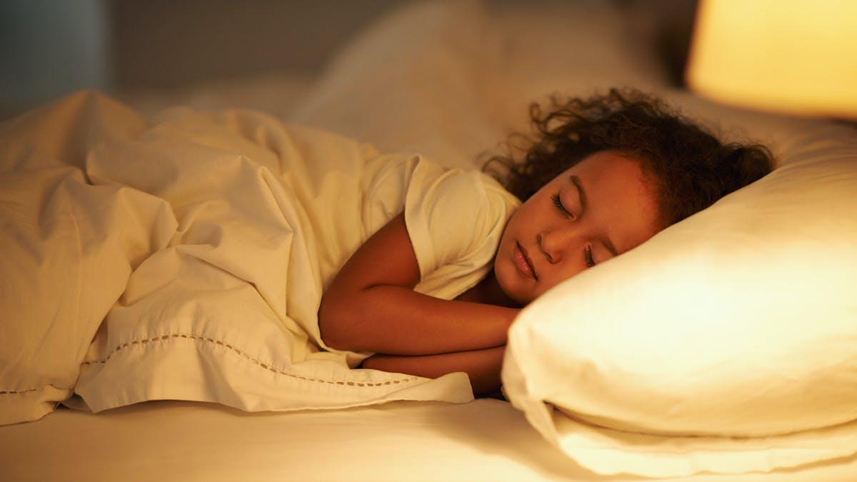 Comment aider son enfant à bien dormir