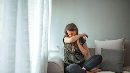 Quatre solutions naturelles pour calmer la toux