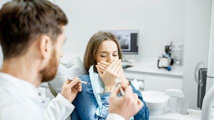 Stomatophobie : que faire quand la peur du dentiste devient incontrôlable ?