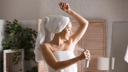 Le déodorant augmente-t-il vraiment les risques de cancer du sein ?