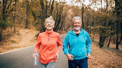 Comment différents types d'activité physique affectent la forme cardiorespiratoire