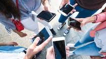 TikTok: l'application mobile à l'origine de tics incontrôlés chez les jeunes?