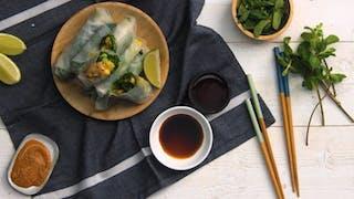 Recette du rouleau de printemps aux épinards, au poulet et à la mangue en vidéo